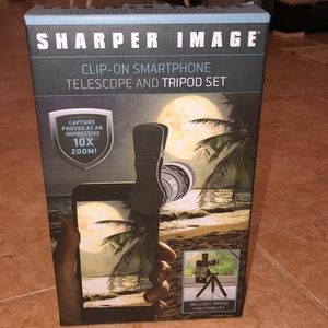 Clip on smartphone telescope and tripod set